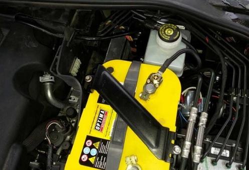 Versorgungsbatterie Doppelbatteriesystem oder Ladebooster?
